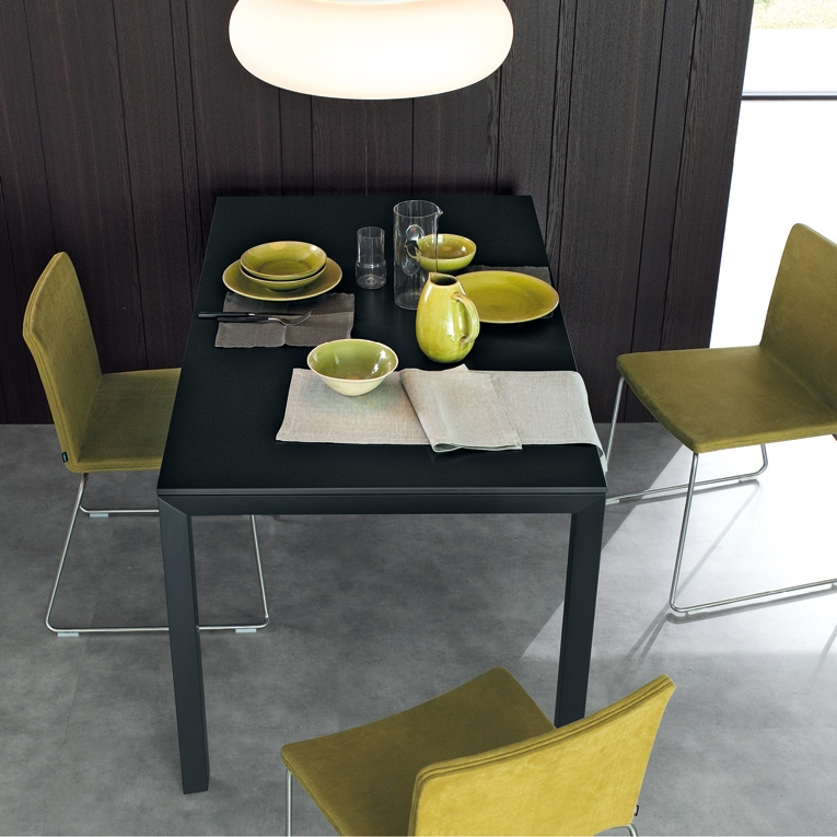 Dart poliform tables for Table extensible kristalia