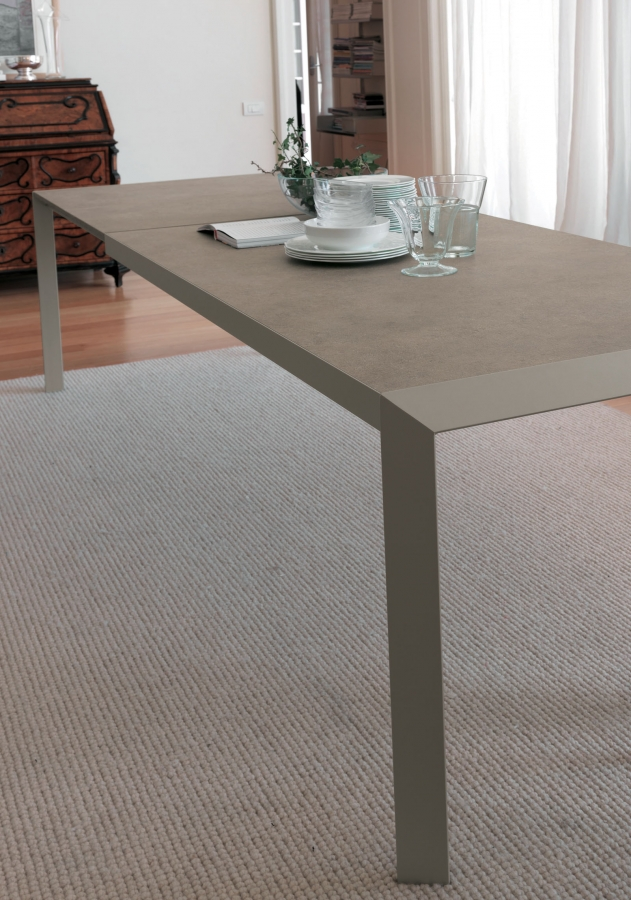 Izac bontempi tables for Table extensible kristalia