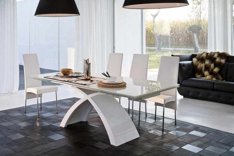Tokyo Tonin Casa - Tables