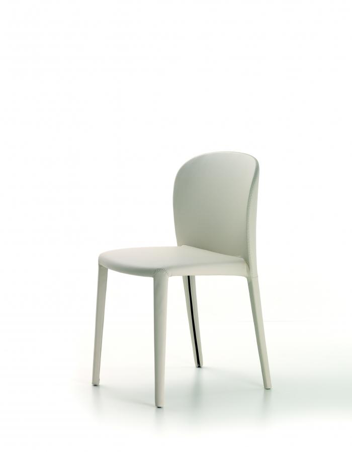 Daisy cattelan italia sedie for Sedie kristalia outlet