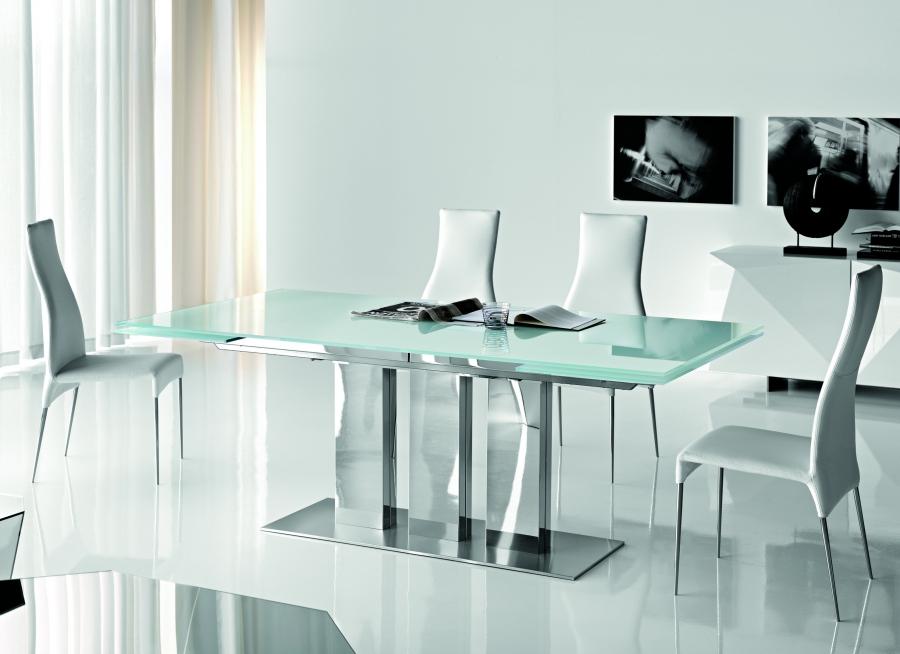 Carol cattelan italia sedie for Comedores minimalistas