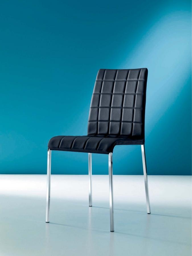 Anita Bontempi Ingenia Chair