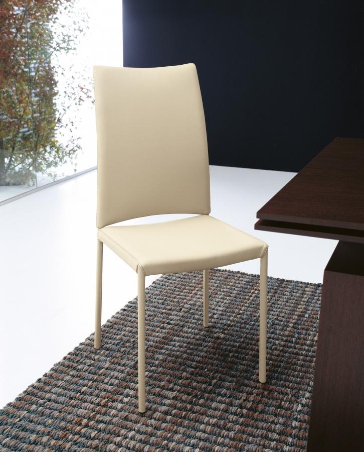 Belem Tonin Casa Chair