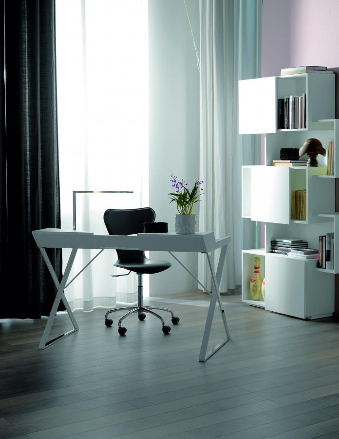 Qwerty cattelan italia scrivanie ufficio for Portapenne ufficio design