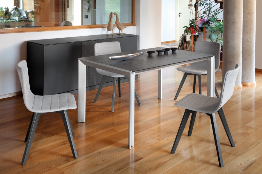 Kite domitalia tables for Table extensible kristalia