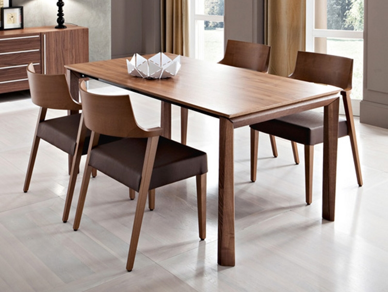 Universe domitalia tables for Table extensible kristalia