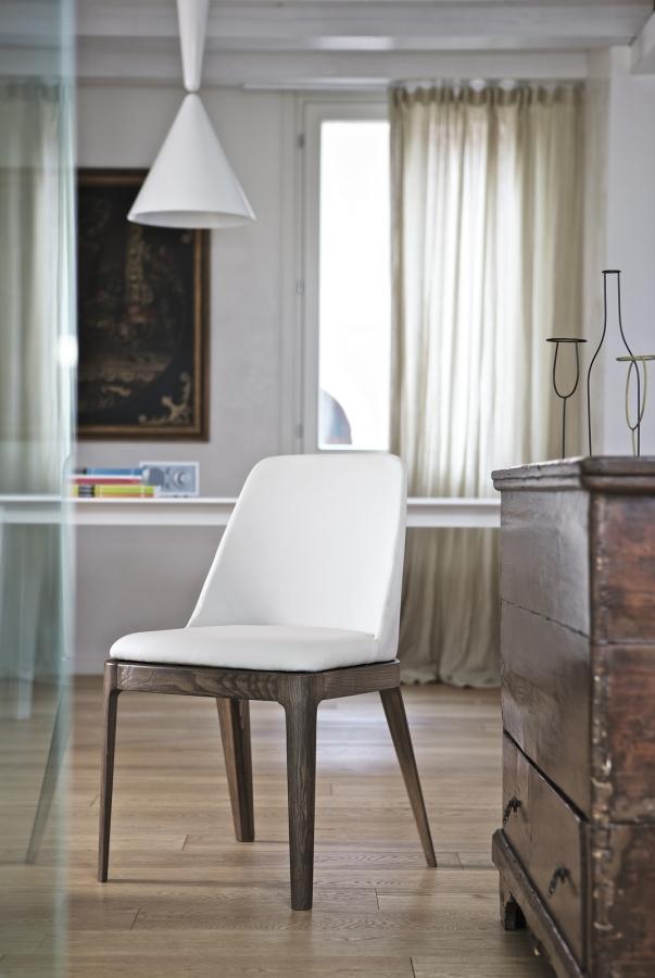 Margot Bontempi Chair