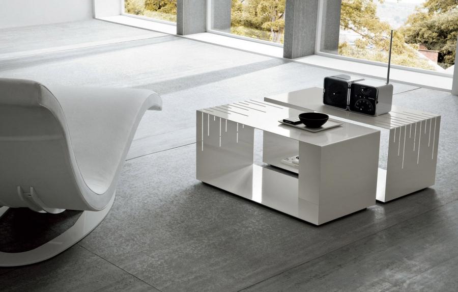 metal dall 39 agnese tavolini. Black Bedroom Furniture Sets. Home Design Ideas