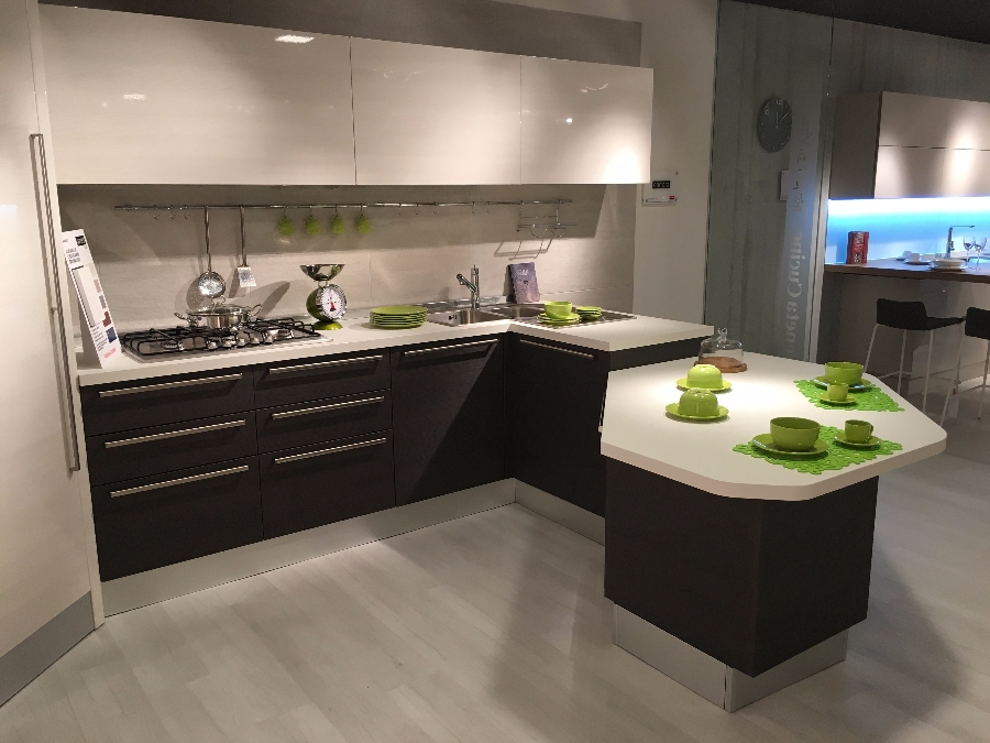 Kitchen Carrera Lucido - Veneta Cucine - Kitchens