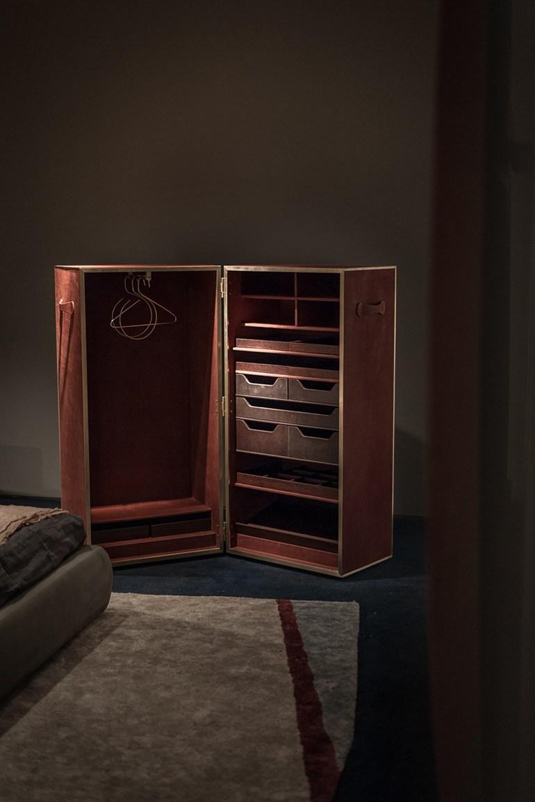 Vendome Baxter Furniture Accessories