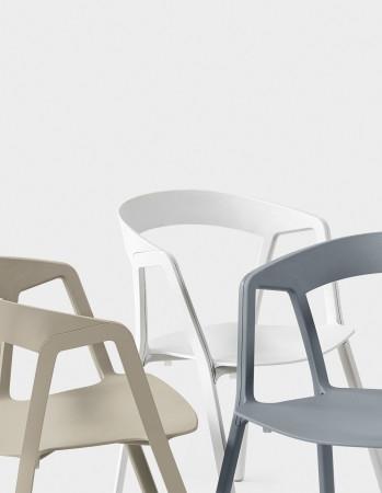 Compas kristalia sedie for Sedie kristalia outlet