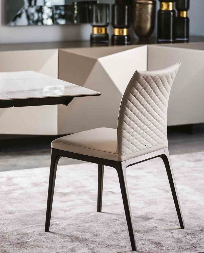 Arcadia couture cattelan italia chair for Cattelan italia outlet