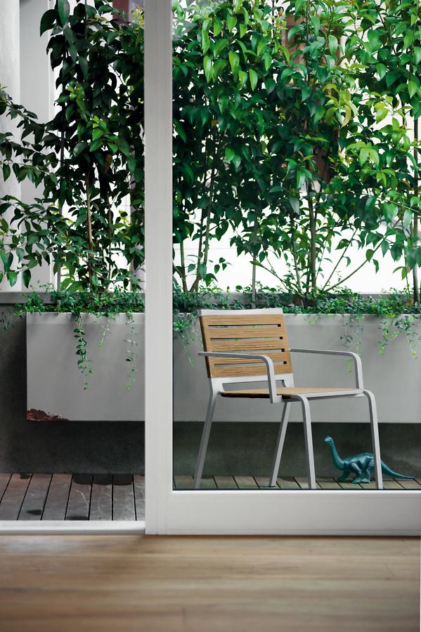 Rest outdoor kristalia sedie for Sedie kristalia outlet