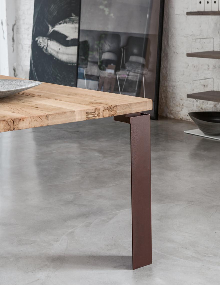 Wood Devina Nais Tables