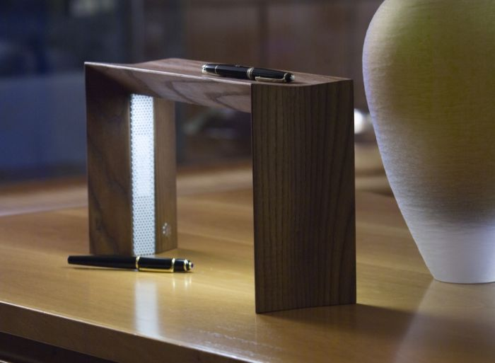 Lum Karn Table lamp