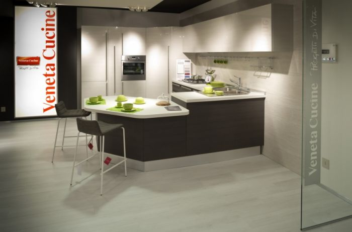 Kitchen Carrera Lucido - Veneta Cucine