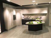 Kitchen Carrera Lucido - Veneta Cucine