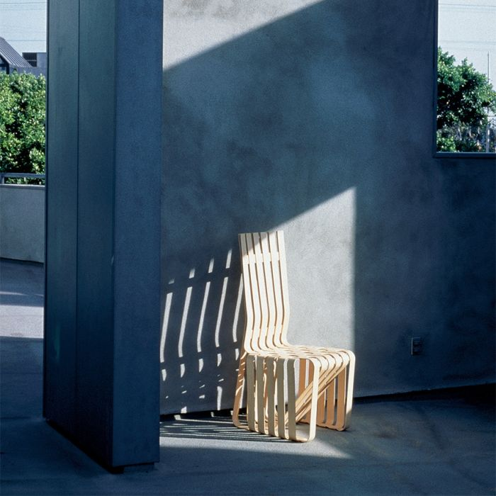 High sticking knoll collezione frank gehry sedie for Sedie design knoll