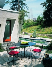 PaperClip outdoor Knoll