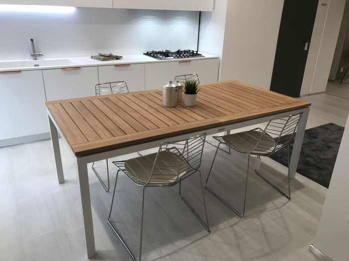 Timber Talenti table - outlet