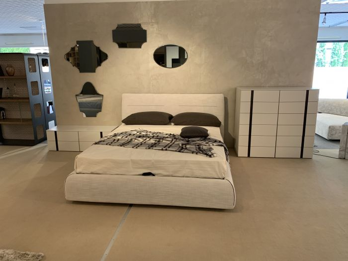 Essentia Martinel bed - Outlet